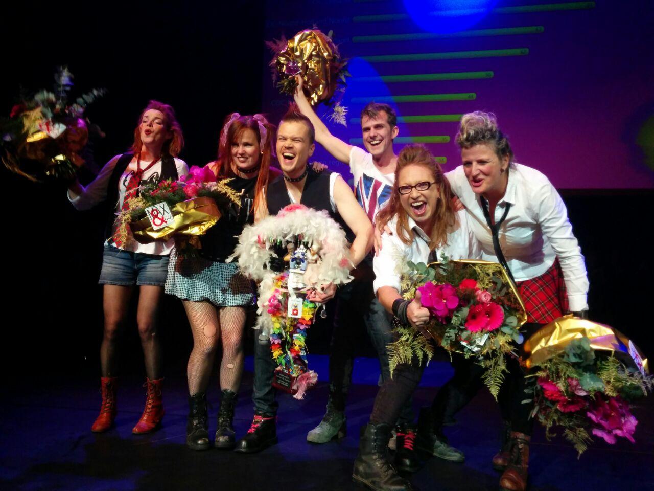Pink Rebels: Jos de Ridder, Mariena Steensma, Monique in het Veld, Marc Damen, Karin Arentse, Debby Marijnissen